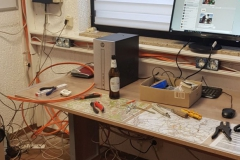 Kabel-Chaos in der Funkzentrale